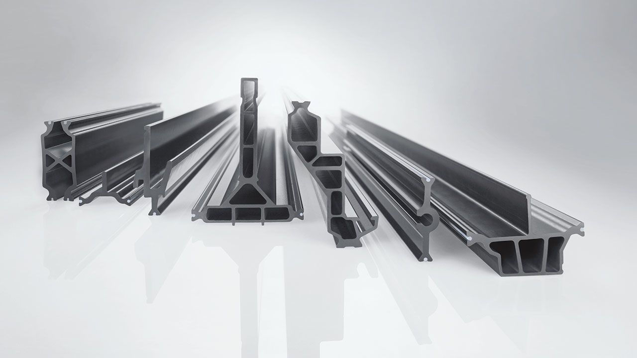 insulbar® insulating bars on shiny surface